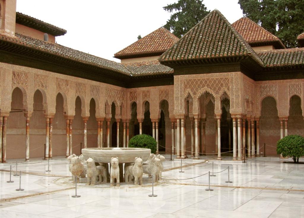 alhambra-2163527_1920